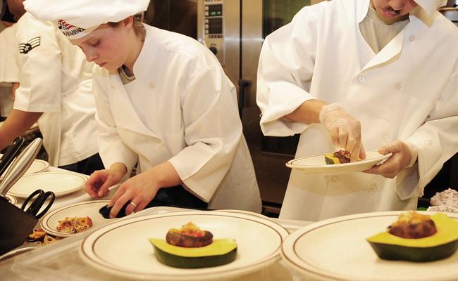 apprendre la cuisine en ateliers animés par des chefs