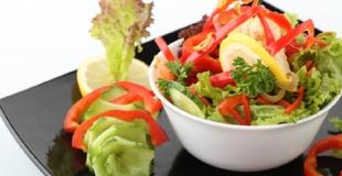 Salades et sorbets : un repas d'été frais et équilibré