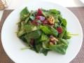 Salade d'épinards aux fraises et au chèvre
